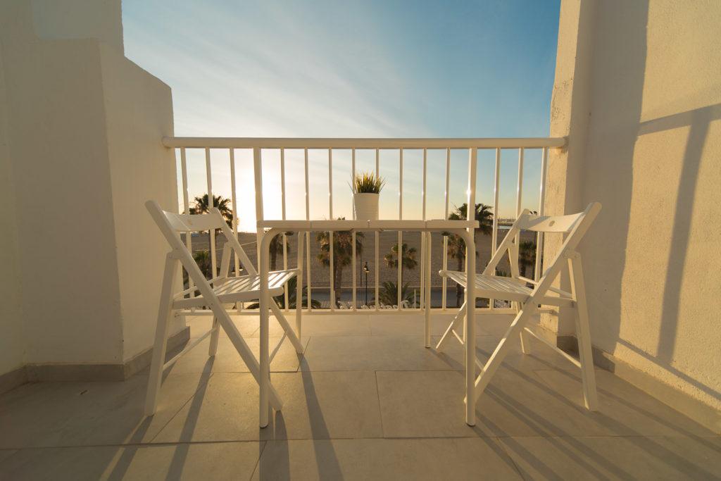 Viajar a valencia, habitación con vistas al mar del hotel solplaya